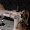 Singer Sewing machine with violet Interference Pearl ®