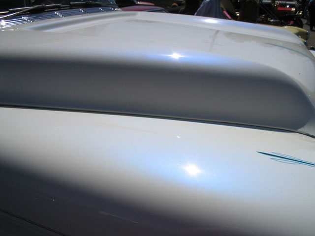Blue Satin iridescent Interference Pearl on White Hood