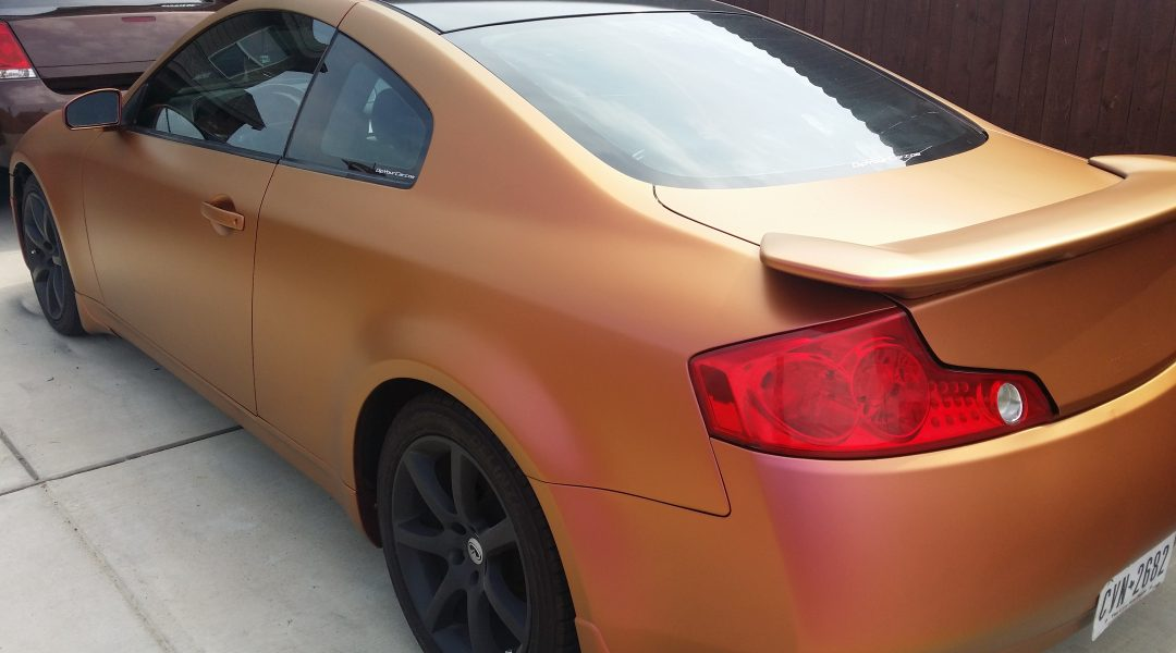 gold orange red 4739OR Colorshift Pearl s on an infinity car