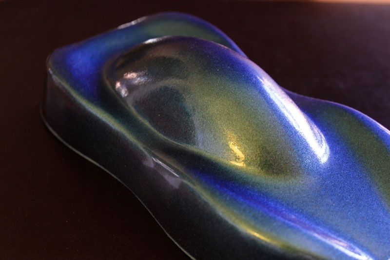 4759BG Blue Green ColorShift Pearls are a white or ghost chameleon. Paint over any colors!