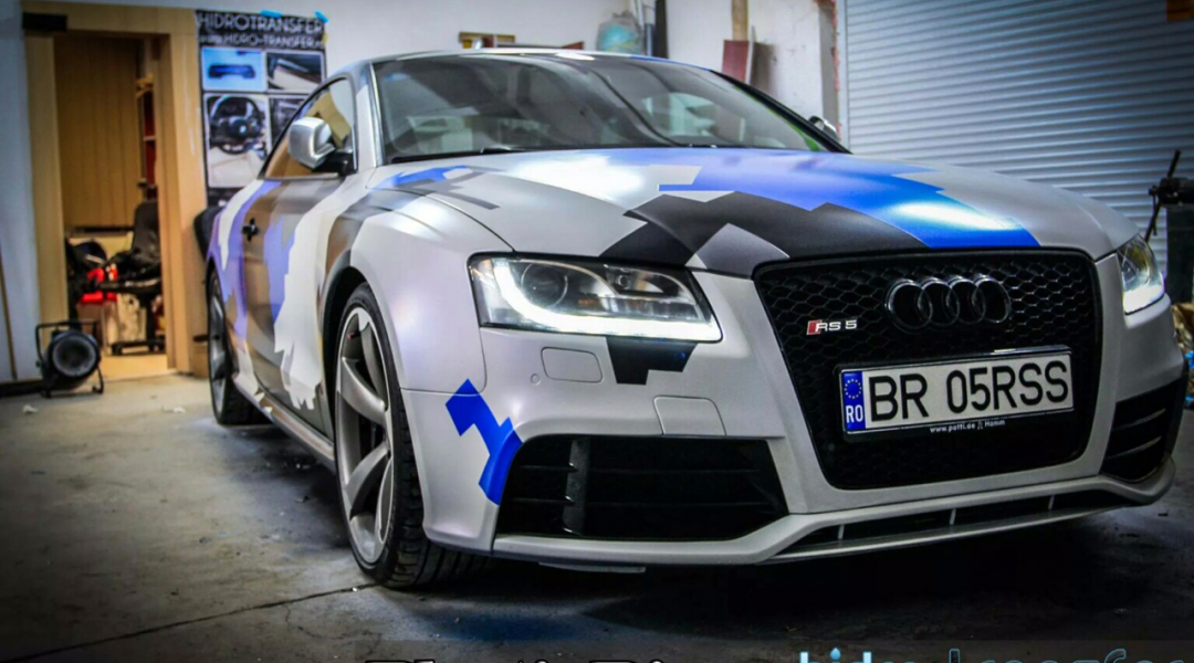 Audi Dipped in Hydro Transfer using Blue Ghost, Violet Ghost, Electric Blue, Black gunmetal. All this using vehicle dip Pearls from Paint with Pearl.